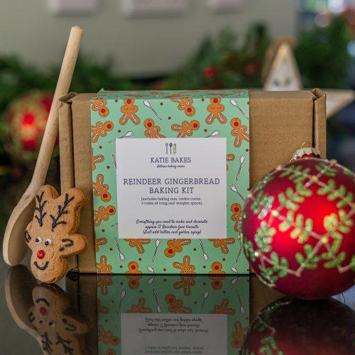 Christmas Reindeer Gingerbread Baking Kit Gift Box